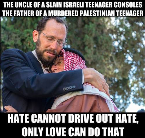 The uncle of the slain Israeli teenager Naftali Fraenkel offers his condolences to Hussein Abu Khdeir, whose 16-year-old son Mohammed was murdered last week by Jewish extremists.