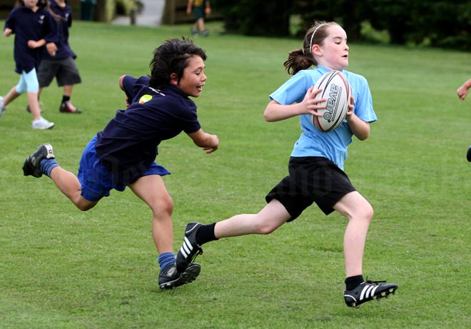 a comparison between girls sports and boys sports Public discourse ryan t assumption that women and girls are unable to compete with men and boys of the differences between the sexes sports are valuable.